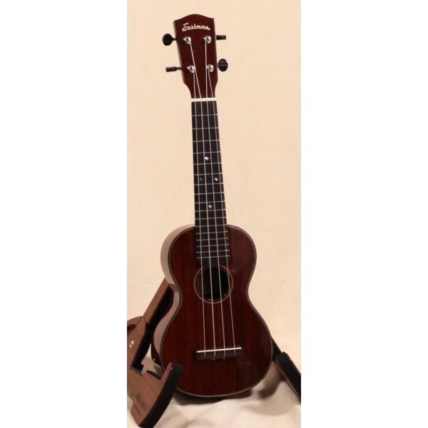 Eastman EU3 soprano ukulele front