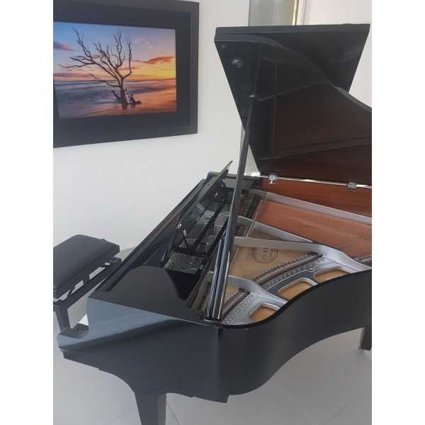 Kawai GL10 Grand Piano with Chrome Fittings