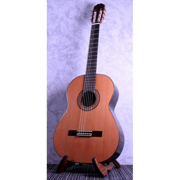 Raimundo 146C Cedar Classical Guitar