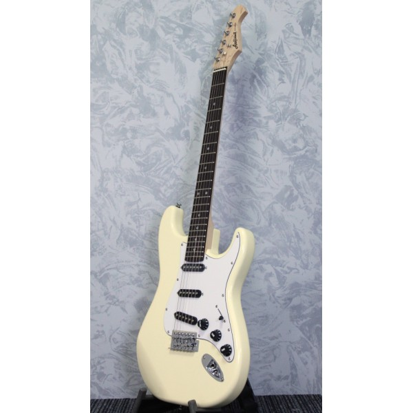 Aria STG003 Strat Style Electric Guitar White