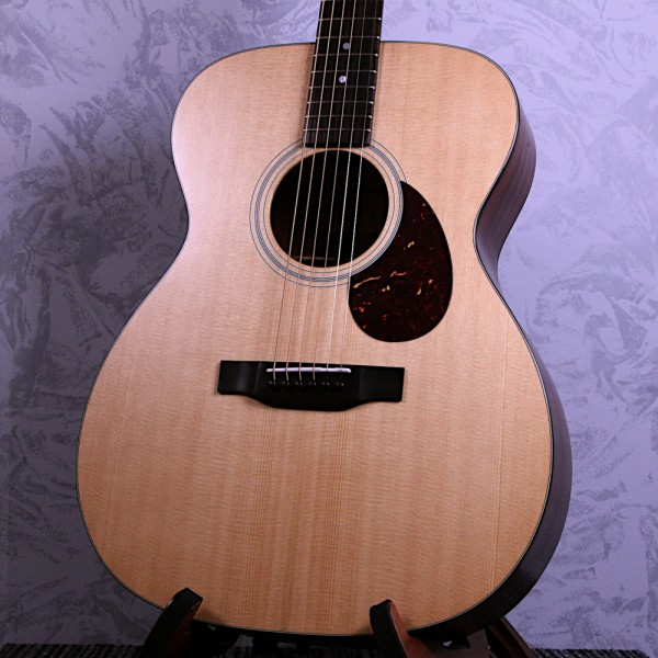 Eastman E1OM All Solid Acoustic Guitar