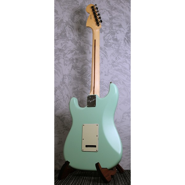 Fender American Performer Stratocaster in Surf Green