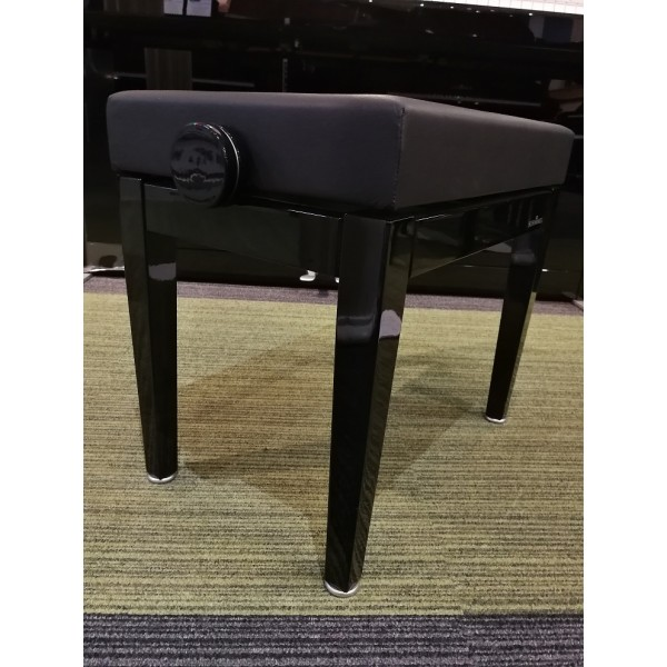 Hidrau Schimmel Modern Stool with chrome detailing