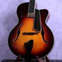 """Eastman AR805CE 16"""" F-hole Archtop Sunburst Guitar"""