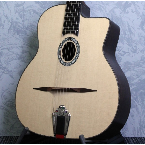 Eastman DM1 Natural Gypsy Jazz Guitar