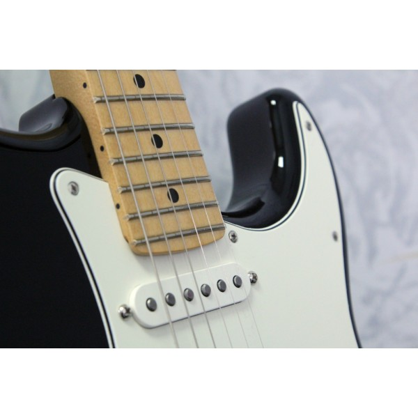 Fender Player Stratocaster Black
