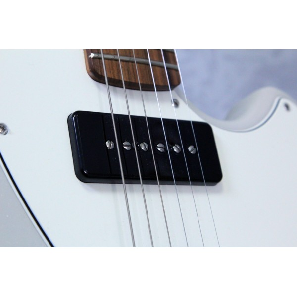 Fender Alternative Reality Powercaster White Opal