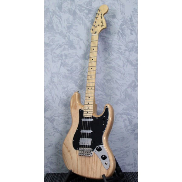Fender Alternate Reality Sixty Six