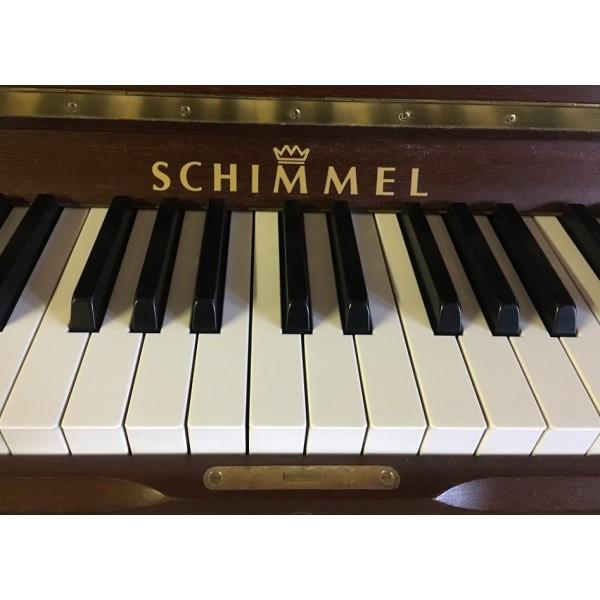 Pre-owned Schimmel C120T in Walnut Satin