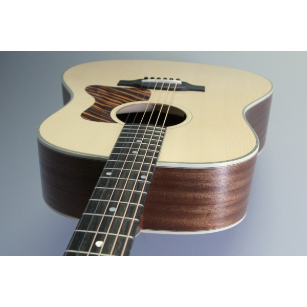 Eastman E1 SS Ltd Natural Sepele and Adirondack with pickup