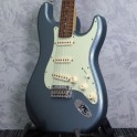 Fender Deluxe Roadhouse Strat Mystic Ice Blue