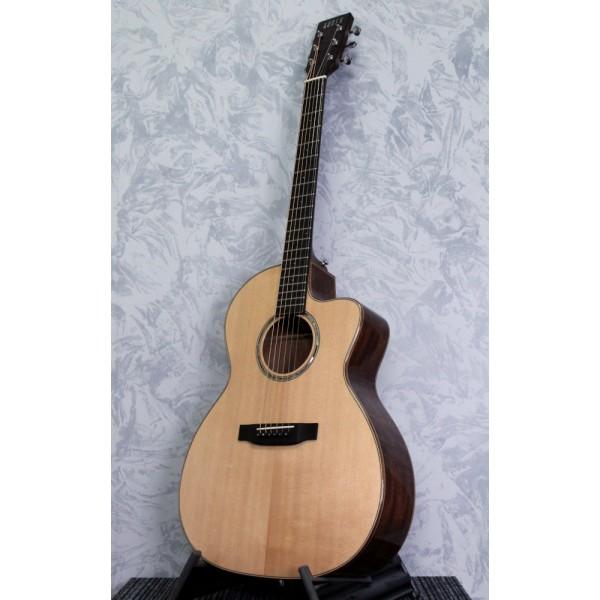 Auden Artist Chester Mahogany/Spruce Acoustic Guitar