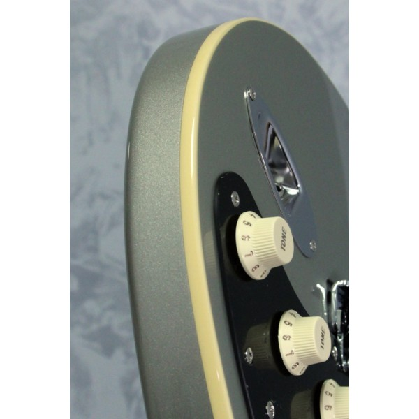 Fender FSR Japanese Modern Strat Inca Silver