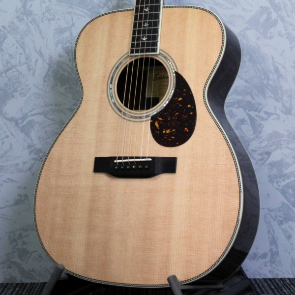 Eastman Double Top DT30-OM Acoustic Guitar