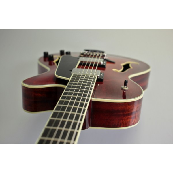 """Eastman AR603CED Classic Finish 15"""" Archtop Semi-Acoustic"""