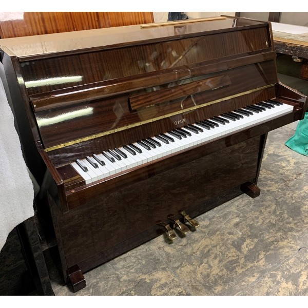 Opus 108 Upright Piano Mahogany Polyester pre-owned