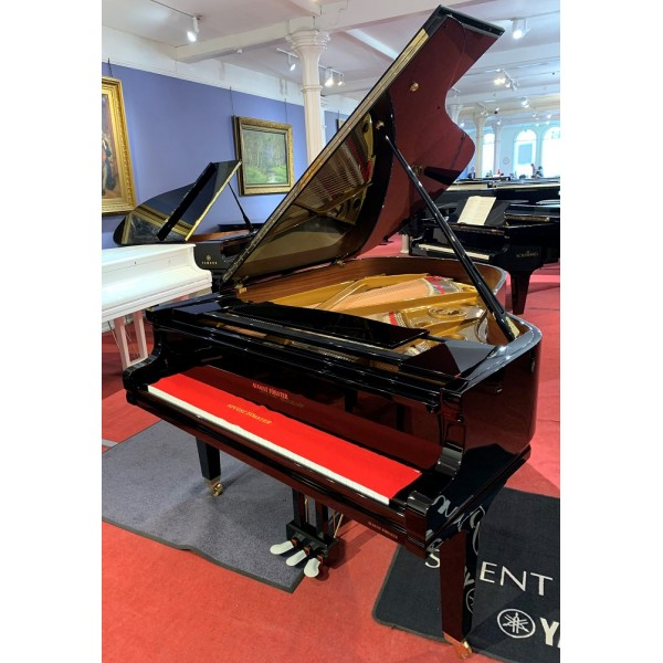 August Forster 190 Grand piano in black polyester