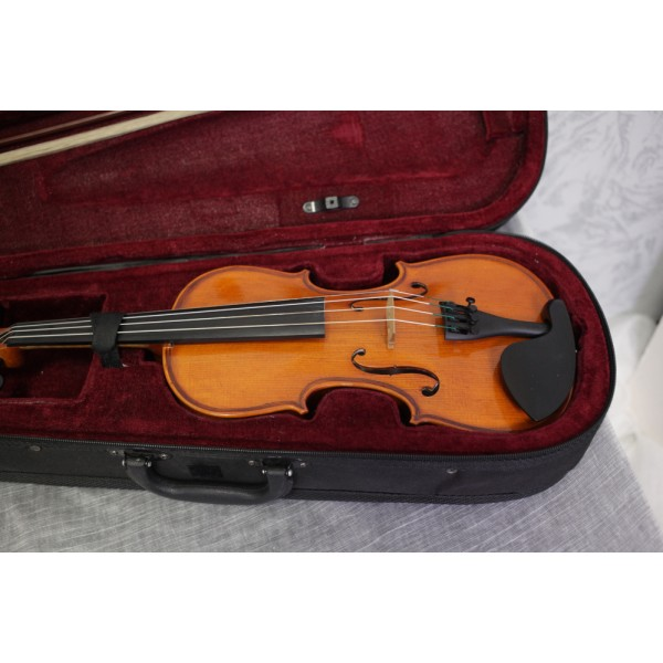 Second hand Forsyth Model 21 1/2 size violin outfit (136px)
