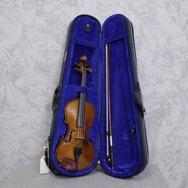 Second hand Stentor Student 1 1/4 size violin outfit (208px)