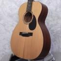 Eastman E2OM Cedar/Sapele Acoustic Guitar