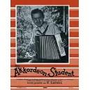 Der Akkordeon-Student - 30 beliebte Stücke für Akkordeon leicht gesetzt von Emmeran Lorenz II. Akkordeon-Stimme ad lib.