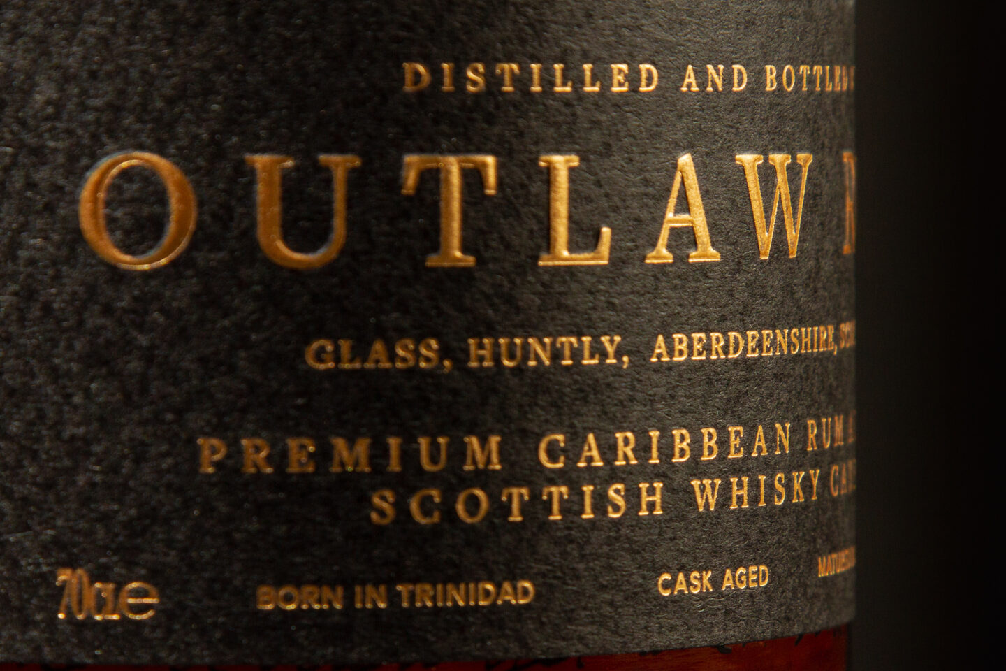 Outlaw OG Bottle Label MACRO 7349