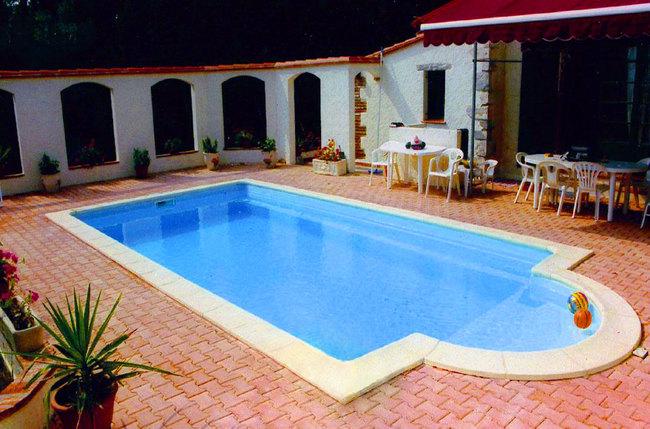 Ibiza piscine coque polyester r737 leaubienetre