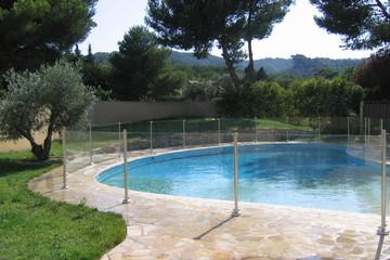 Aquatic serenity   prise de vue client   forme piscine originale