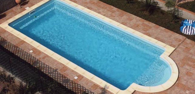 coque piscine grande taille