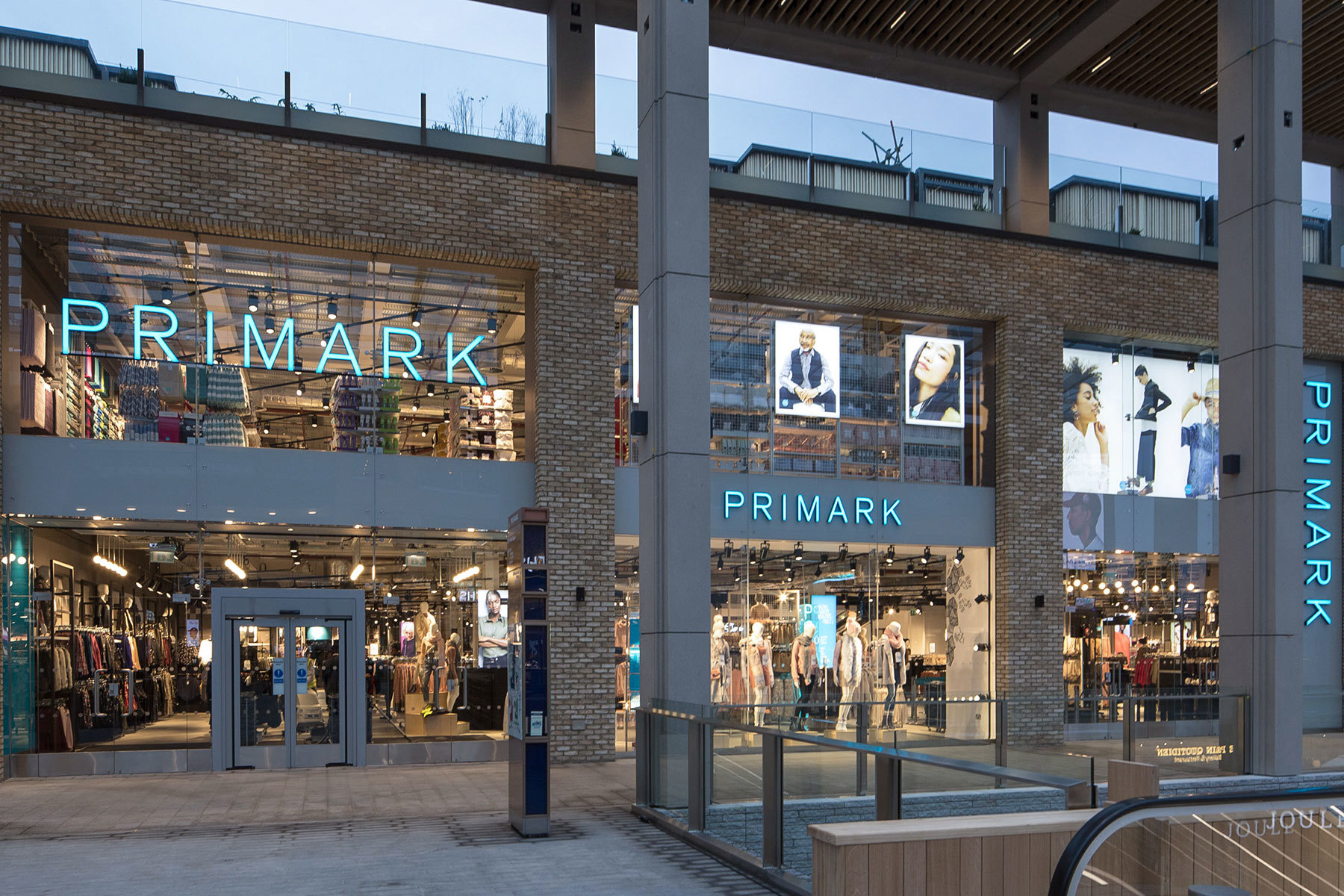 Retail design delivery at new Westgate Oxford centre