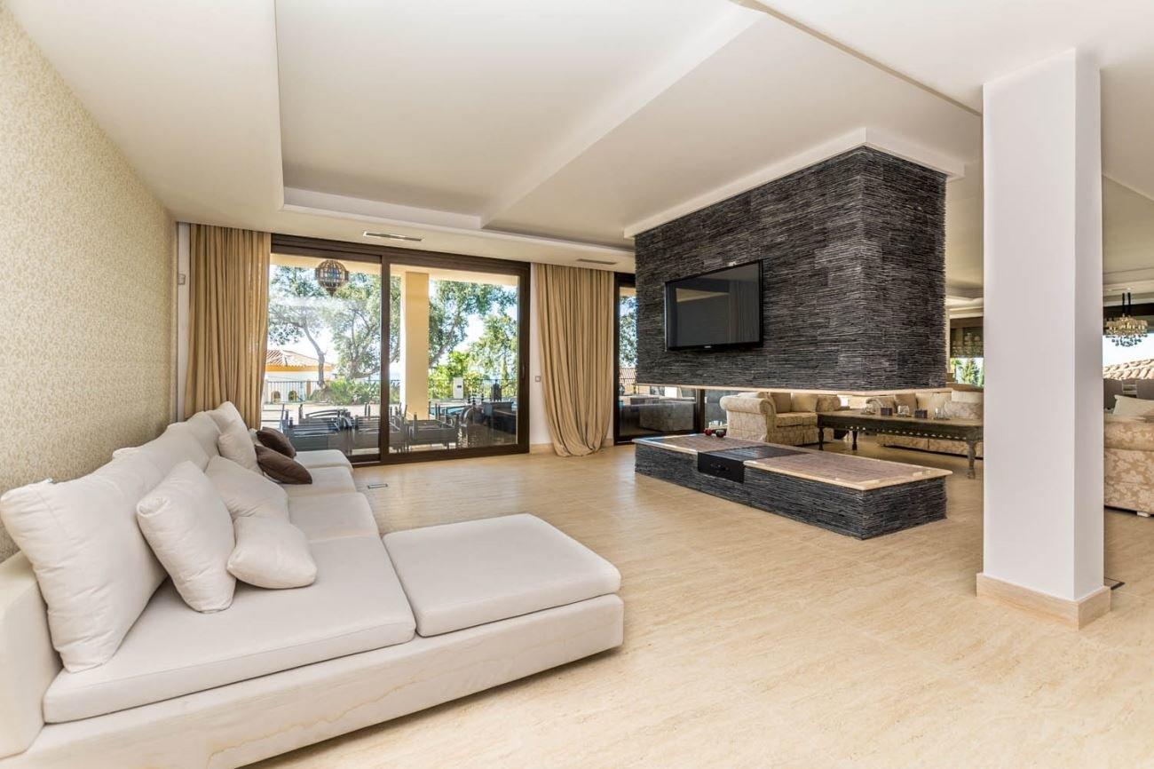 Villa For Sale in Elviria, Marbella