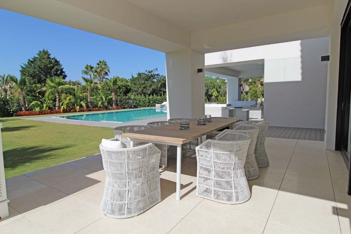 Villa For Sale in Casasola, Guadalmina Baja, San Pedro Alcantara