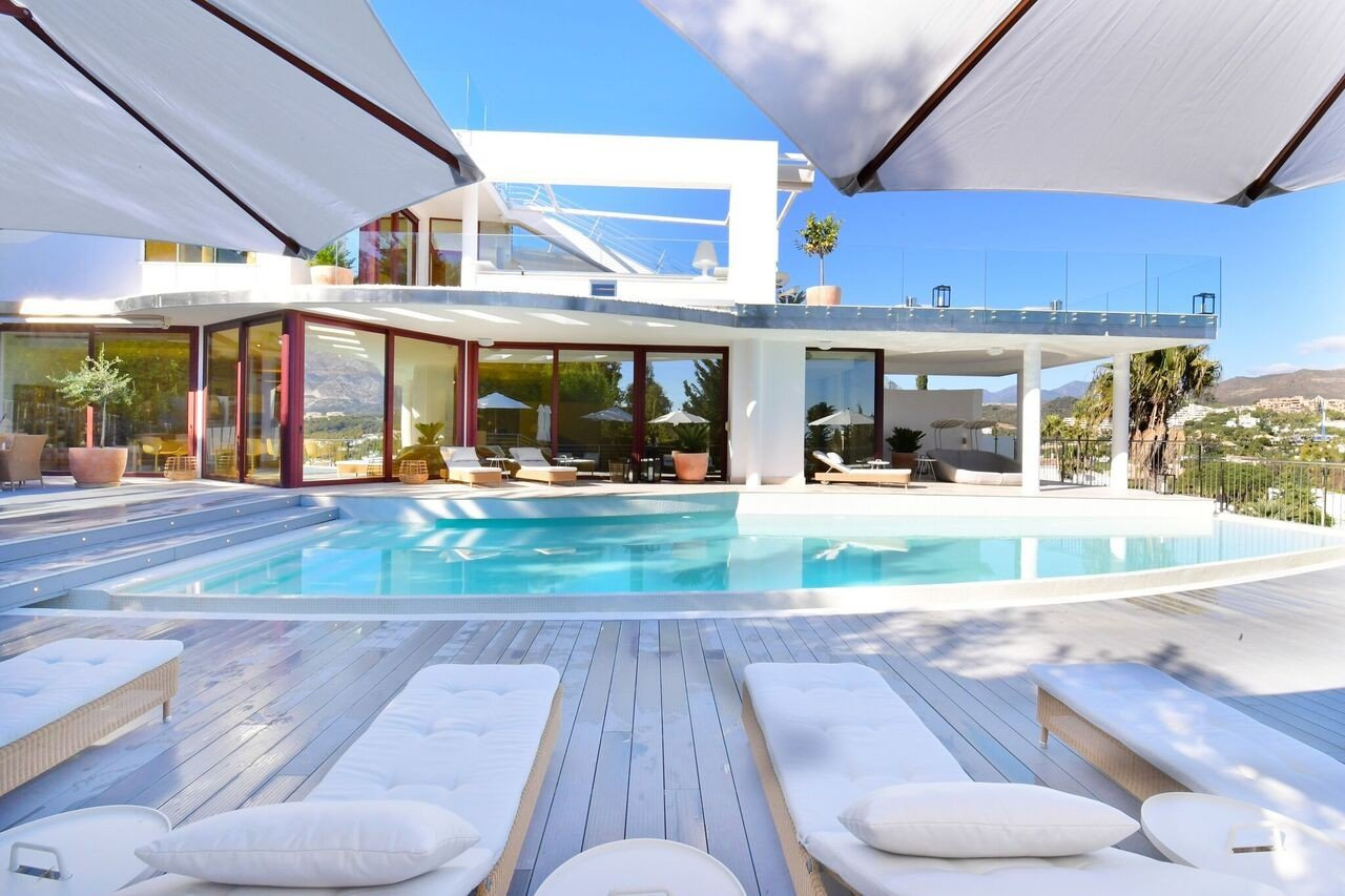 Villa à louer à Marbella, Los Naranjos Golf