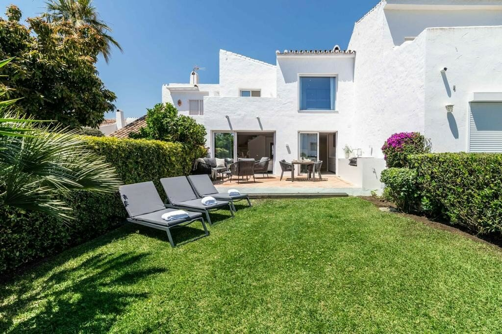 Townhouse for rent in Marbella, Aloha Sur