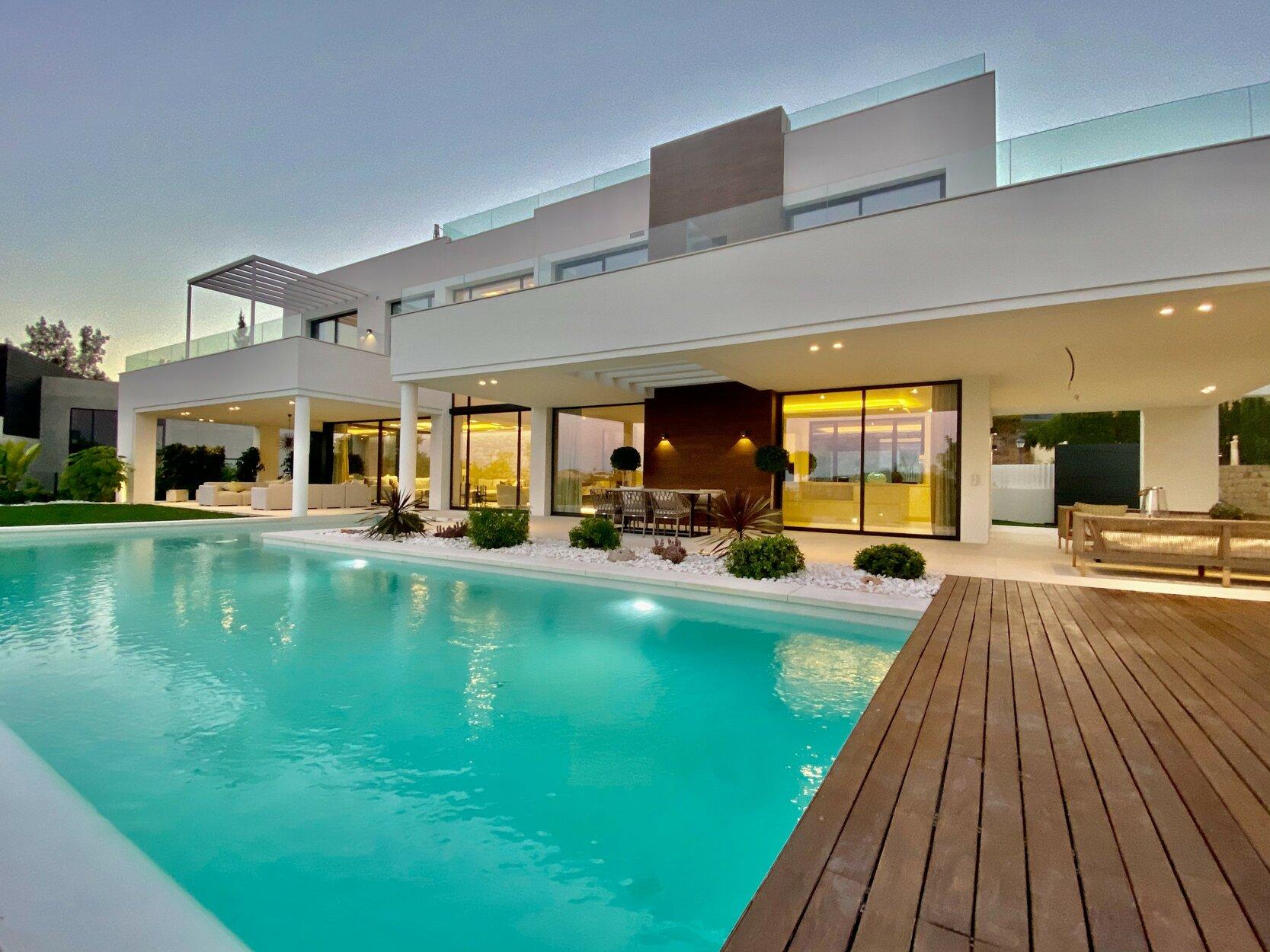 Villa for rent in Benahavis, La Quinta