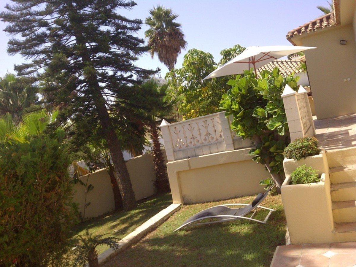 Villa à louer à Estepona