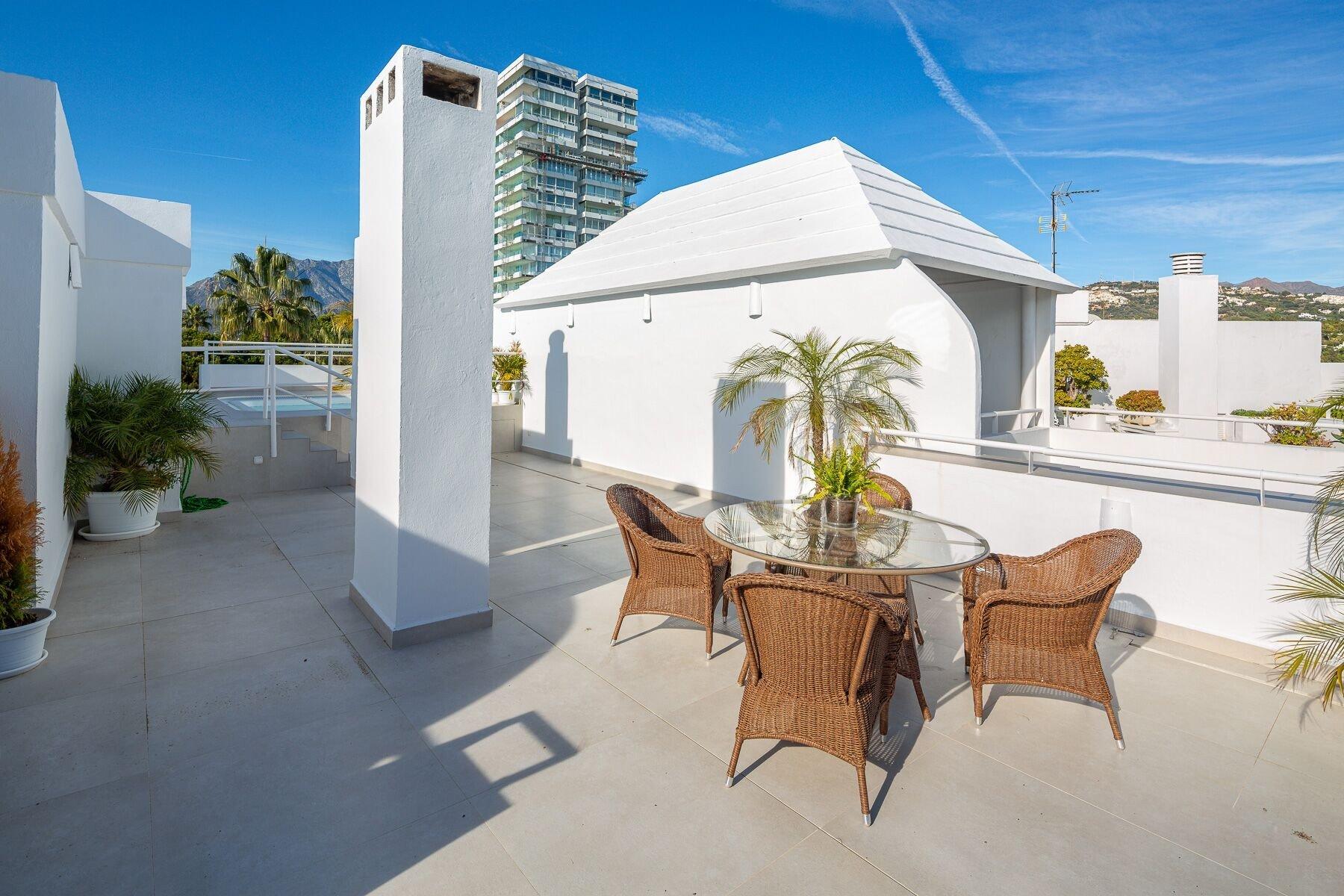 Apartment for sale in Marbella, Monte del Golf