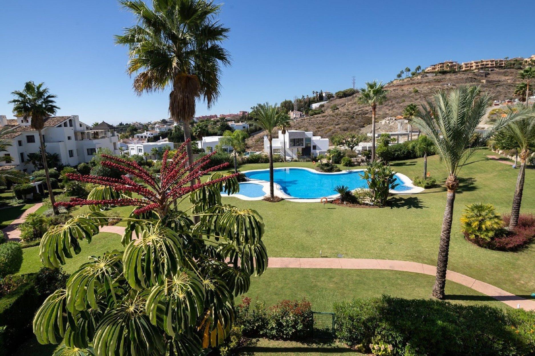Penthouse for sale in Benahavis, El Mirador del Paraiso