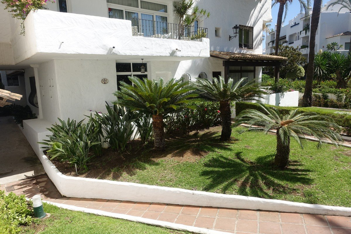 2-bed- apartment for Sale in Nueva Andalucia