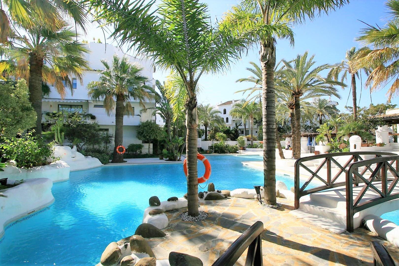 Apartment for sale in Marbella, La Isla