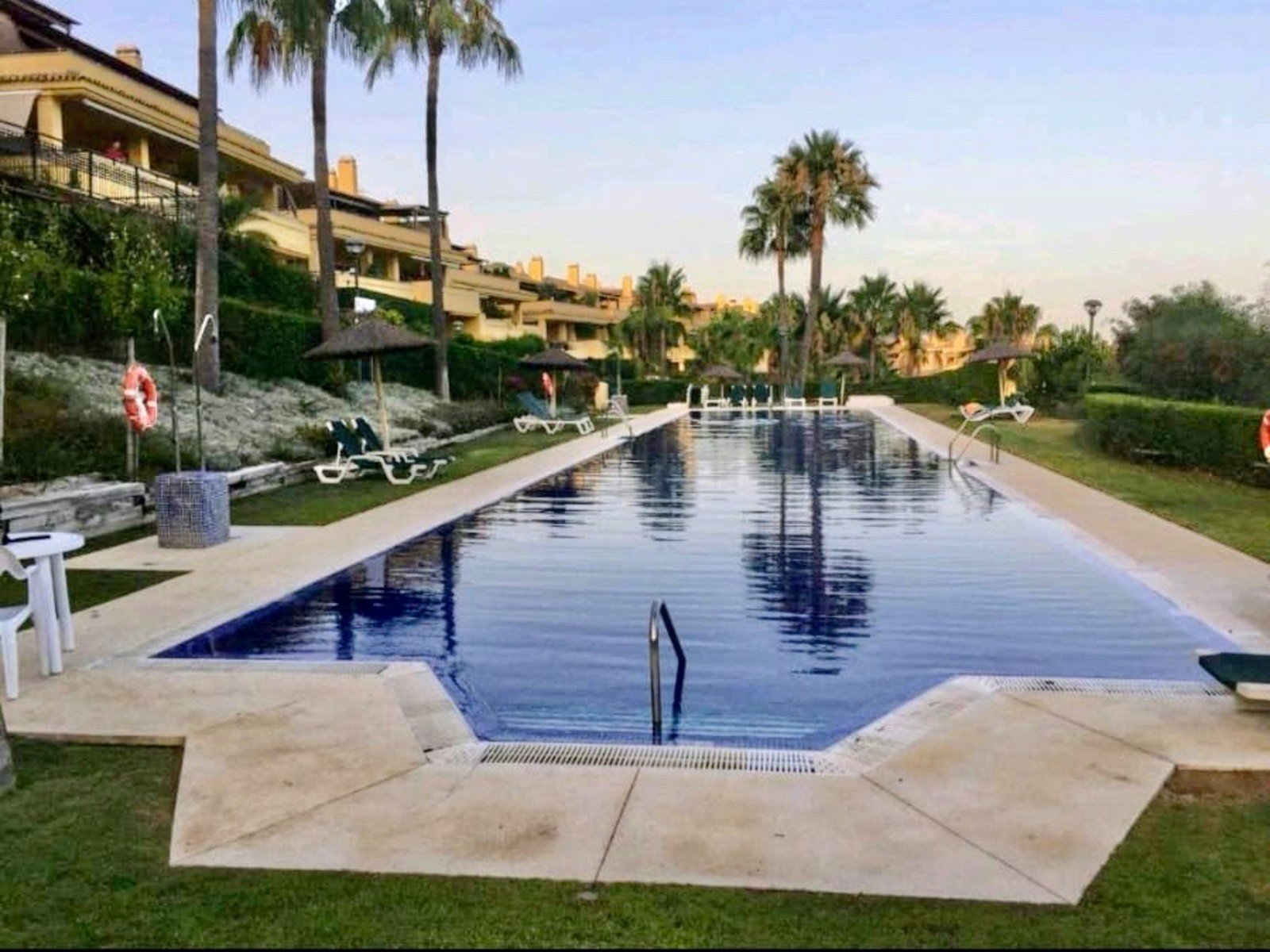 Apartment te huur in Marbella, Sierra Blanca