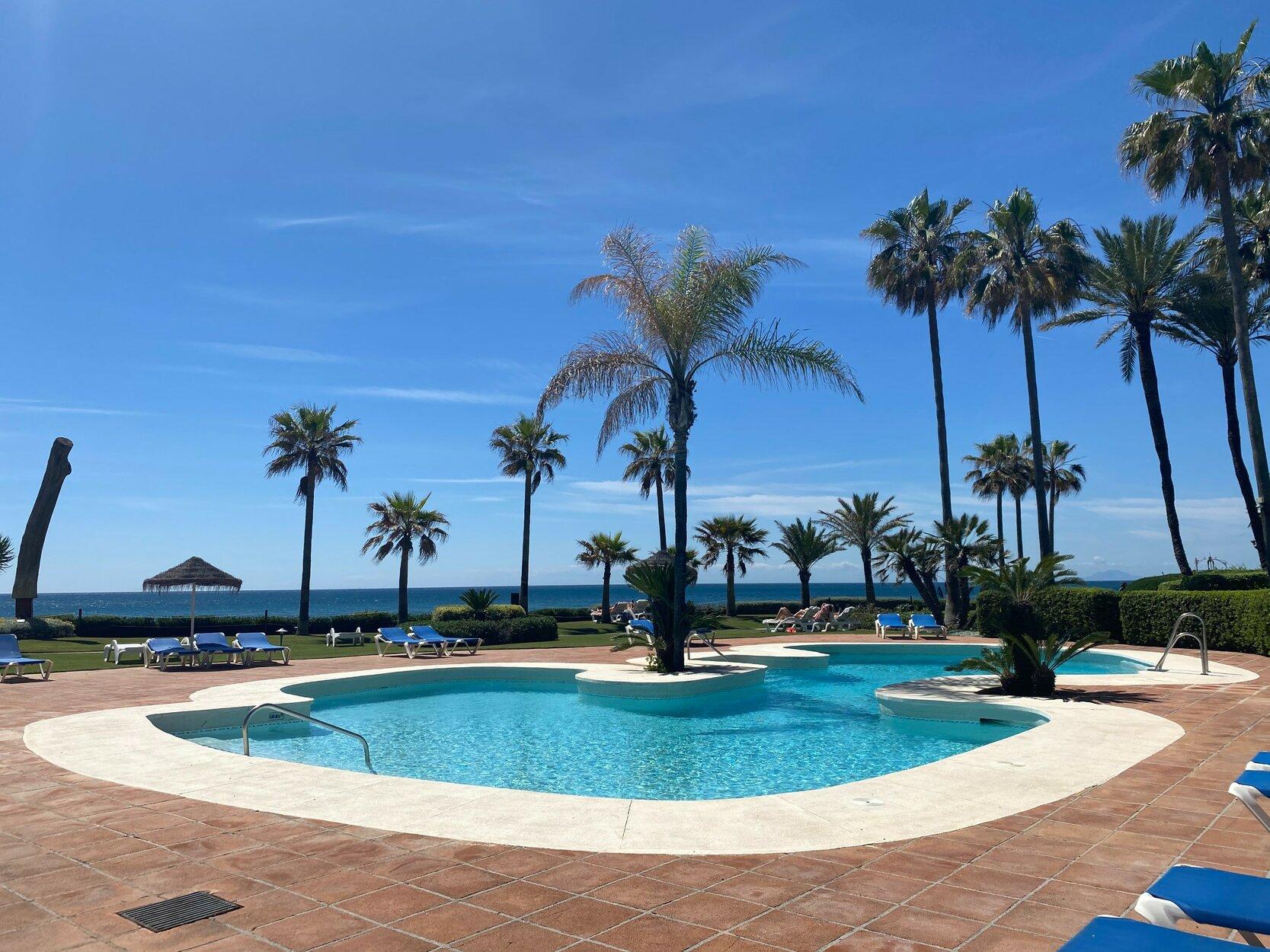 Apartment for sale in Estepona, Alcazaba Beach