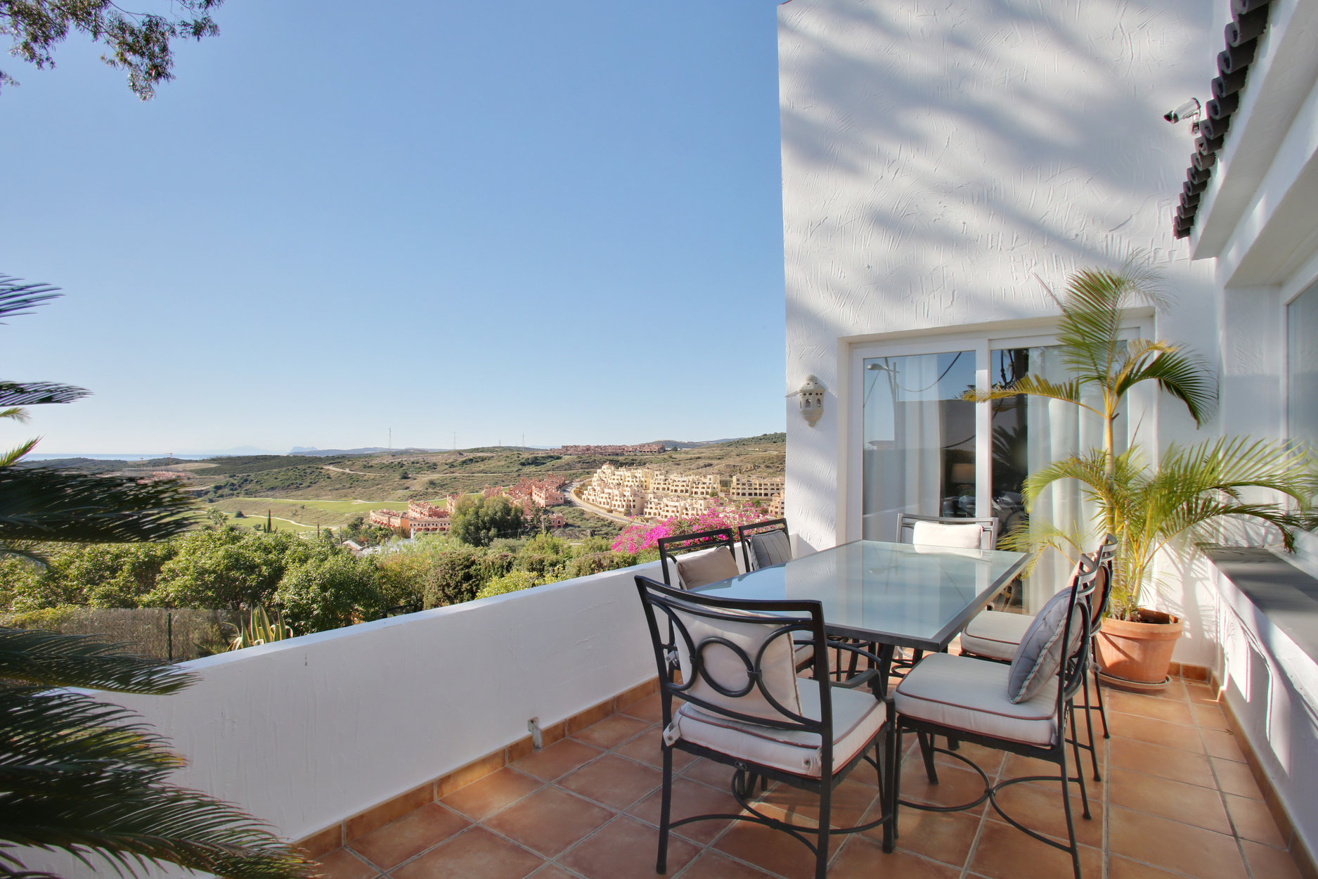 Villa For Sale in Valle Romano, Estepona