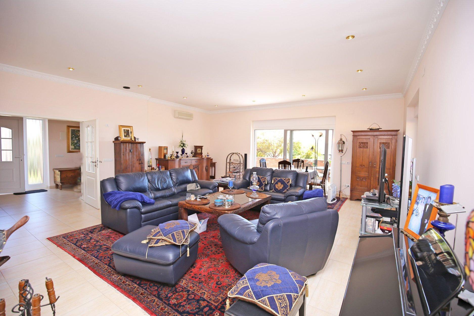 Villa for sale in Benahavis, La Alqueria