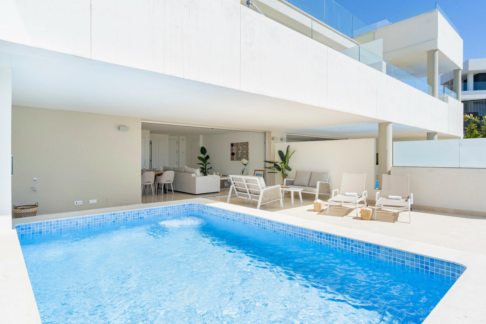 Apartment till salu i Marbella, La Morelia