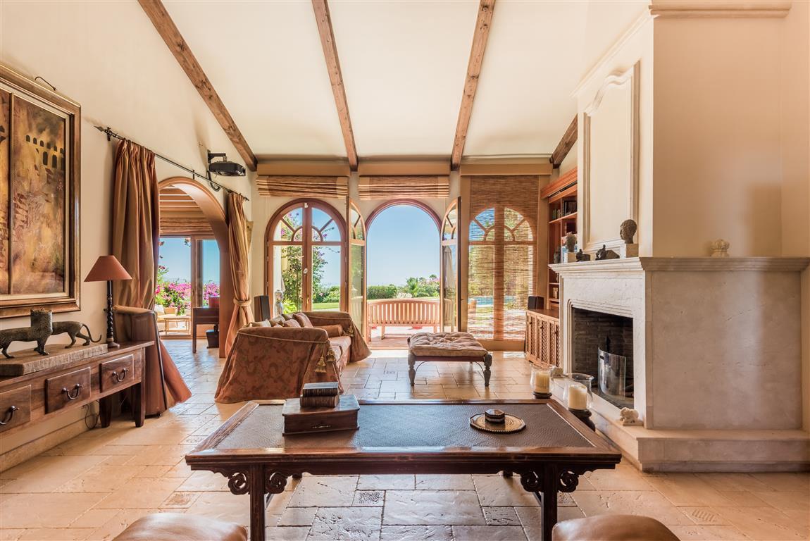 Villa For Sale in El Madronal, Benahavis