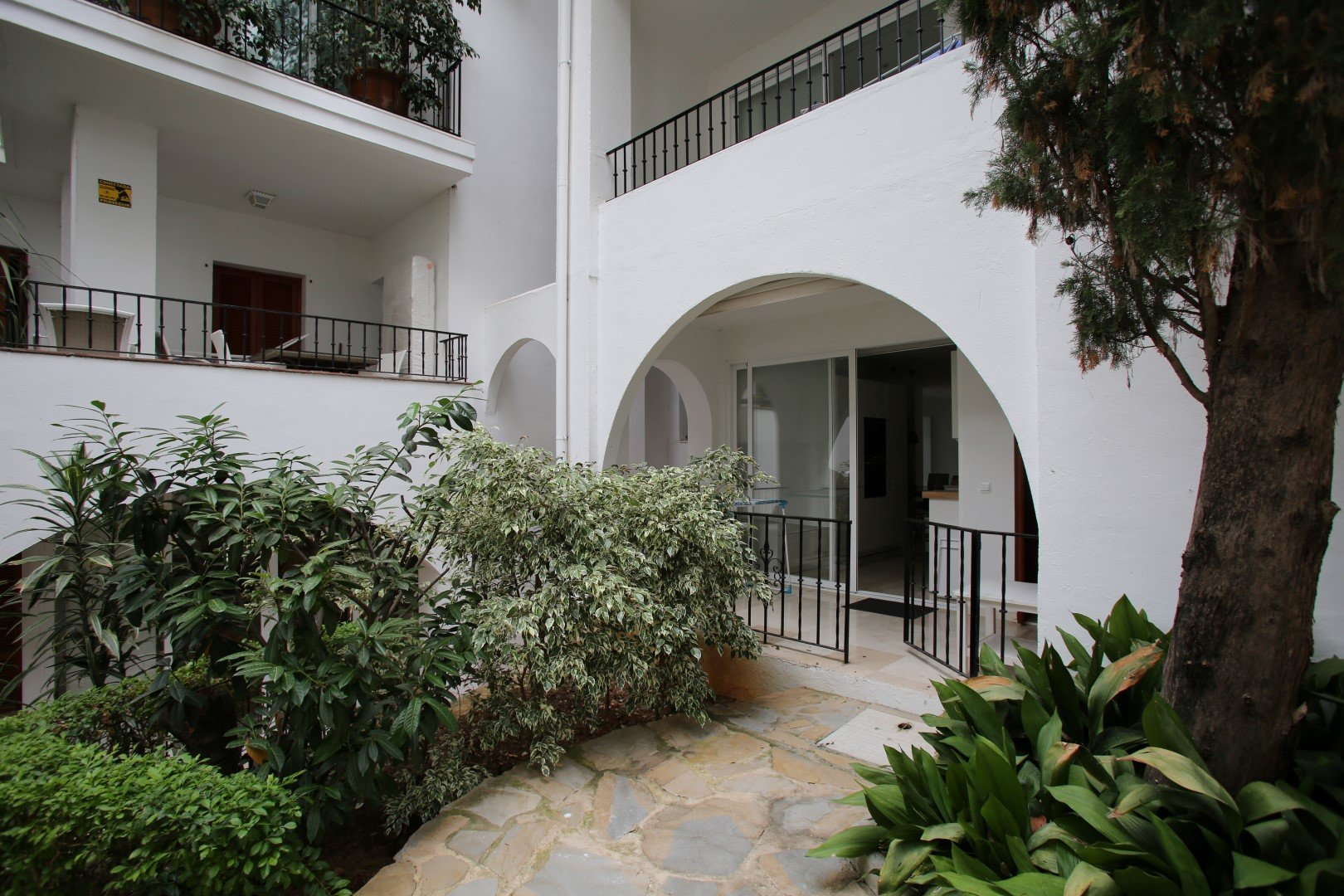 Apartment For Sale in Señorio de Marbella, Marbella Golden Mile