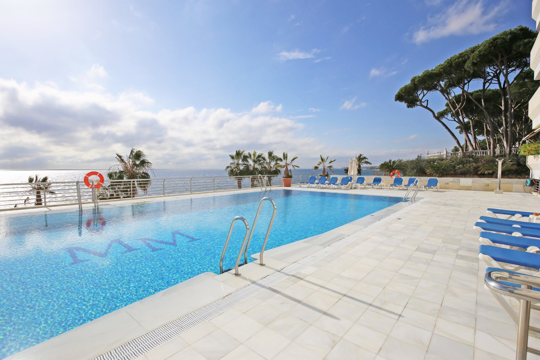 Apartment for sale in Marbella, Marina Mariola
