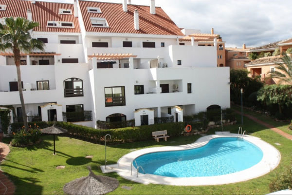 Apartment for rent in Nueva Andalucia