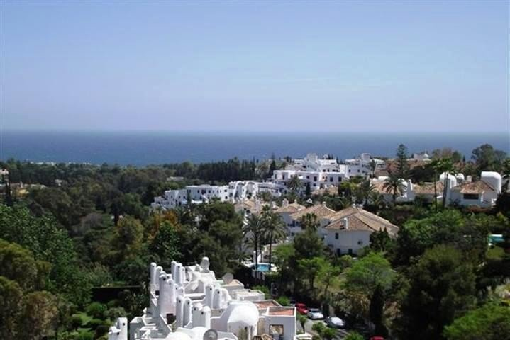 Penthouse for rent in Marbella Golden Mile